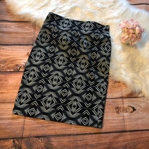 LuLaRoe Skirts - NEW Lularoe Cassie Colorwater Pencil Skirt XL